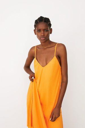 Zara Robe plissée en tulle