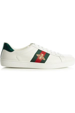 Gucci Baskets basses en cuir à broderie abeille Ace