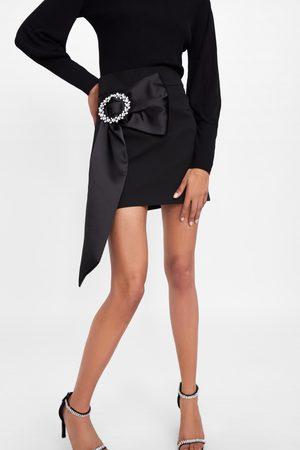 Zara Jupe avec mini boucle
