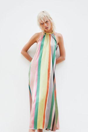 Zara Femme Robes imprimées - Robe à rayures multicolores