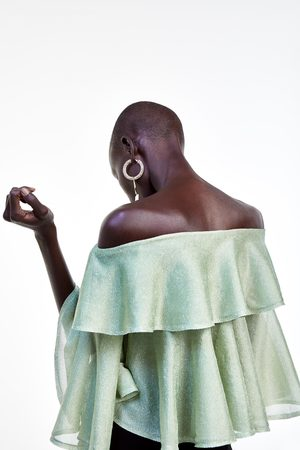Zara Top à épaules dénudées avec fil métallisé