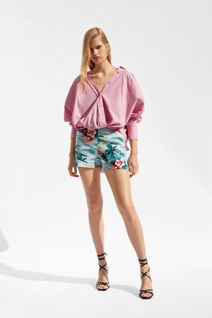 Zara Short avec volants à imprimé fleuri