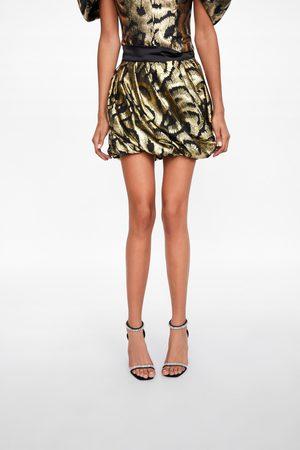 Zara Mini jupe avec fil métallisé