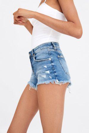 Zara Mini short en jean taille basse