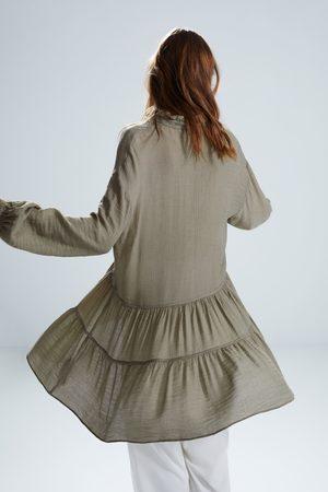 Zara Robe courte à volants