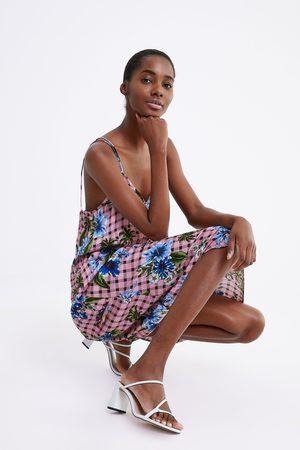 Zara Femme Robes imprimées - Robe à carreaux à imprimé floral