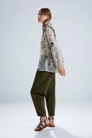 Zara Blouse brodée à imprimé floral
