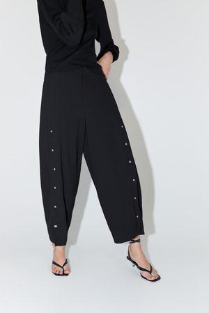 Zara Femme Pantalons larges - Pantalon large à appliqués