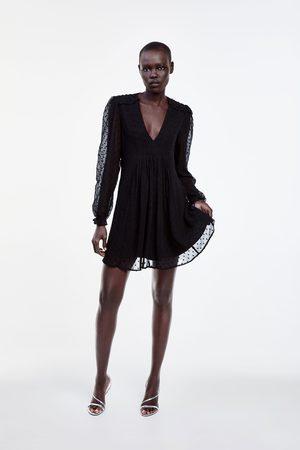 Zara Robe courte à plumetis