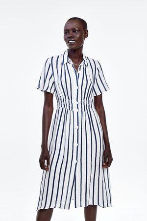 Zara Robe en lin à rayures