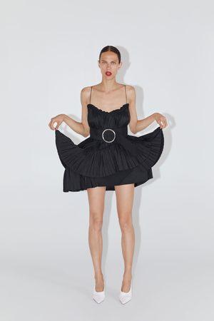 Zara Robe courte avec ceinture