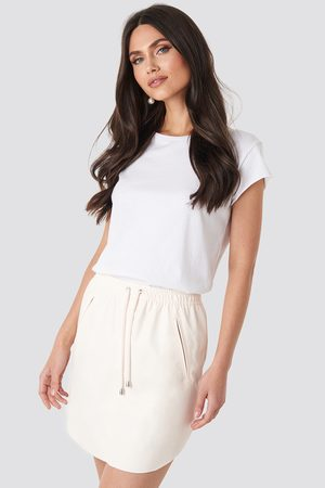 NA-KD Femme Mini-jupes - Faux Leather Casual Skirt - Pink