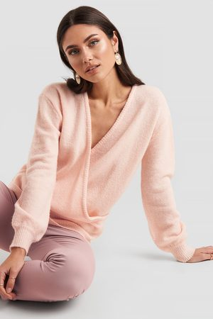 NA-KD V-Neck Overlap Knitted Sweater - Pink