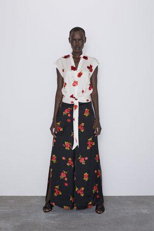 Zara Pantalon à imprimé roses