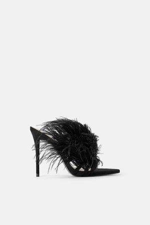 Zara Femme Sandales - Sandales à talons en cuir et à plumes