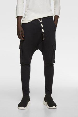 Zara Pantalon baggy cargo