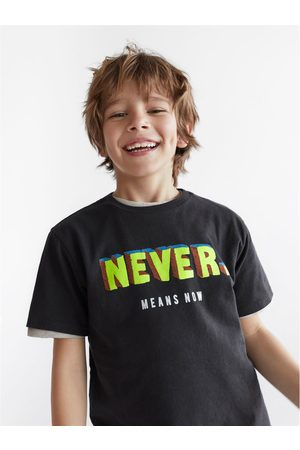 Zara T-shirt never