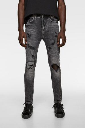 4046c1222 Jean skinny déchiré