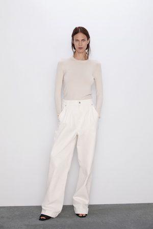 Zara Pull basic à manches longues.