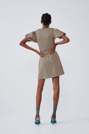 Zara Robe à texture et volume