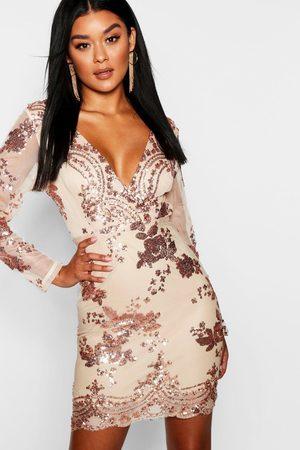 Boohoo Boutique Robe Moulante En Tulle À Imprimé Et Sequins