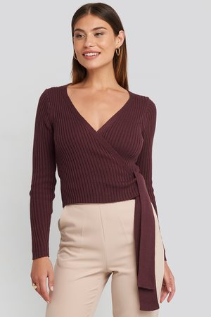 NA-KD Femme Pulls en maille - Overlap Ribbed Knitted Sweater - Purple