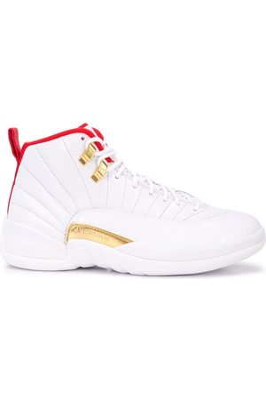Jordan Baskets Air 12