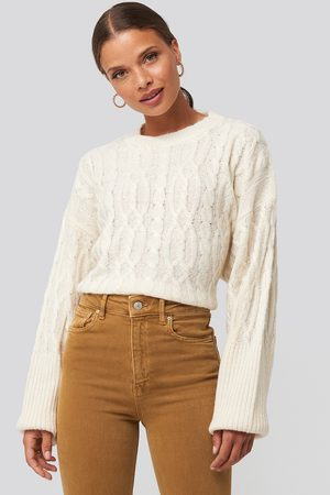 NA-KD Cropped Cable Knitted Sweater - White