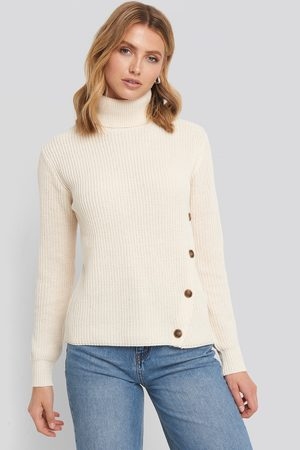 NA-KD Side Buttoned Knitted Sweater - White