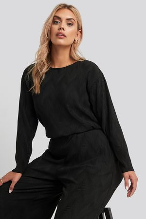 NA-KD Femme Manches longues - Creased Effect Round Neck Top - Black