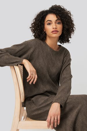 NA-KD Creased Effect Round Neck Top - Brown