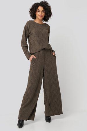 NA-KD Creased Effect Loose Fit Pants - Brown