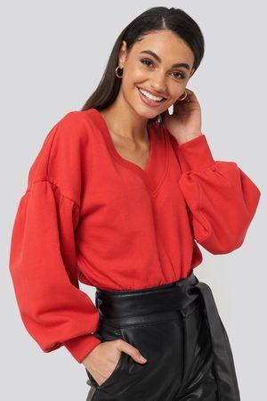 NA-KD Puff Sleeve V-neck Sweatshirt - Red