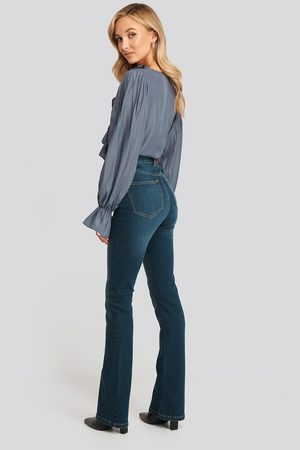 NA-KD Femme Bootcut - Skinny Bootcut Jeans - Blue