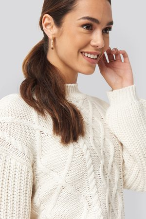 NA-KD Cable Knitted Balloon Sleeve Sweater - White