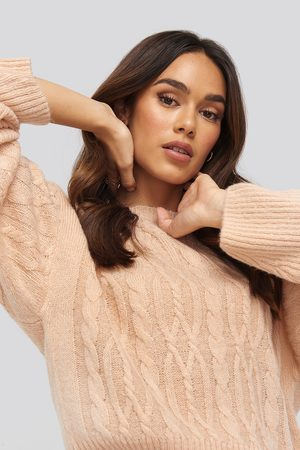 NA-KD Cropped Cable Knitted Sweater - Pink
