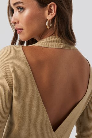NA-KD Open Back Overlap Knitted Sweater