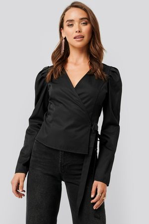 NA-KD Wrap Over Long Sleeve Blouse - Black