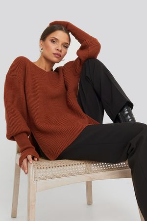 NA-KD Notched Neckline Ribbed Sweater - Red
