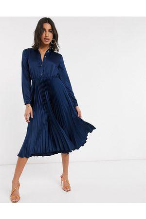 Closet Robe chemise mi-longue plissée