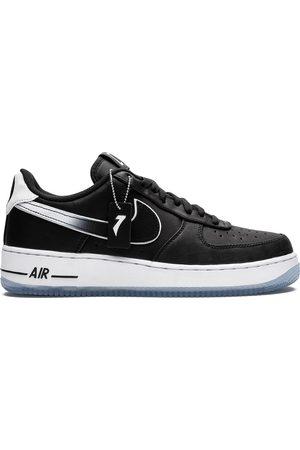 Nike Baskets Air Force 1 '07 QS x Colin Kaepernick