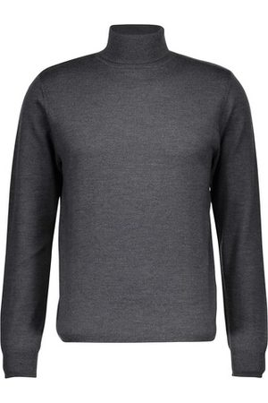 A.P.C Pull Dundee