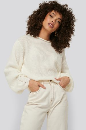 NA-KD Knitted Short Puff Sleeve Sweater - White