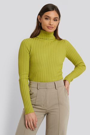 NA-KD Ribbed Detail Knitted Polo Sweater - Green
