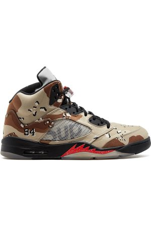 Jordan 824371201 BAMBOO/BLACK-CLASSIC STONE-CHN Furs & Skins->Leather