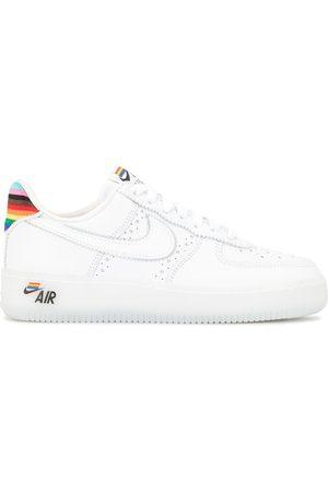 Nike Baskets Air Force 1 BETRUE