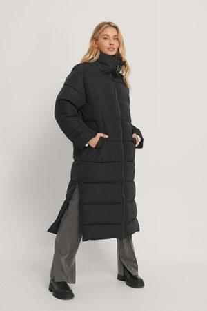 NA-KD Femme Vestes - Veste Matelassée Longue Oversize - Black