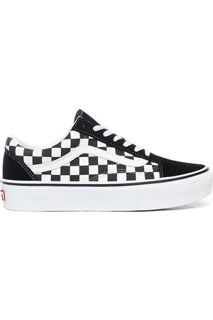chaussures vans a damier