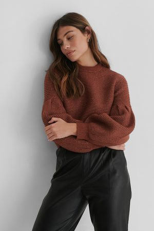 The Fashion Fraction x NA-KD Pull Maille - Red