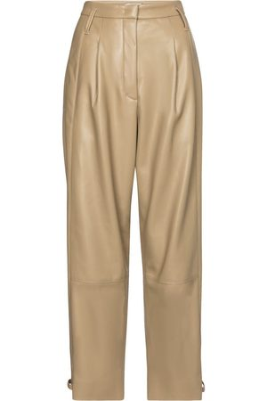 Dorothee Schumacher Pantalon Sleek Performance en cuir synthétique